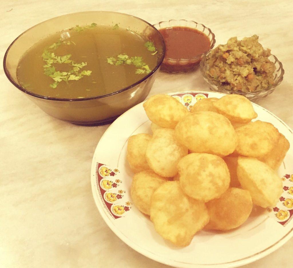 How to make panipuri pani puri recipe or golgappa recipe indian pani puri recipe forumfinder Choice Image